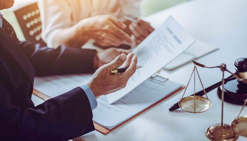 6 Reasons to Hire a Good Insurance Dispute Lawyer